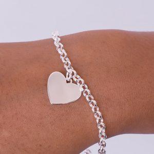19cm belcher bracelet and engraved heart pendant