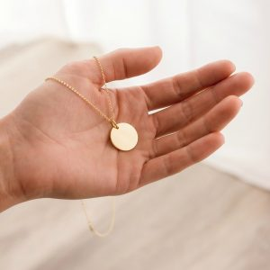 engraved large gold disc pendant with rolo chain