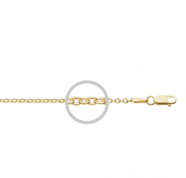 detail of link yellow gold 70cm chain