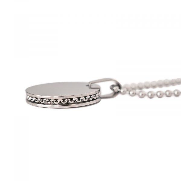 side detail disc necklace