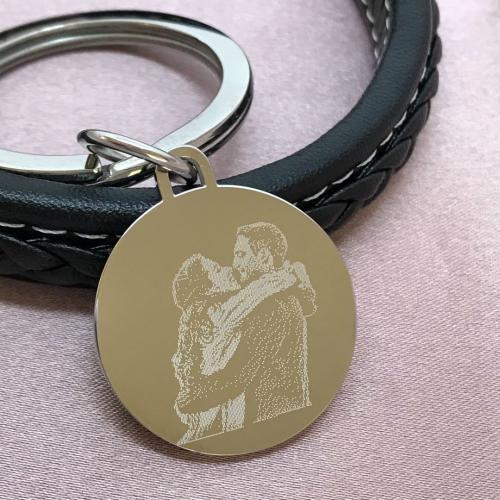photo engraved on keyring